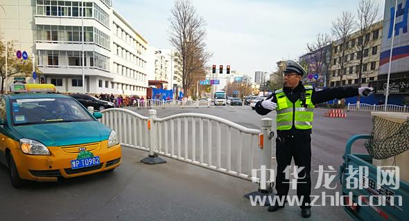 市公安局交通管理支队开展交通秩序大整治活动