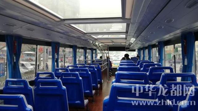 """双层公交车在周口中心城区""""上岗"""""""
