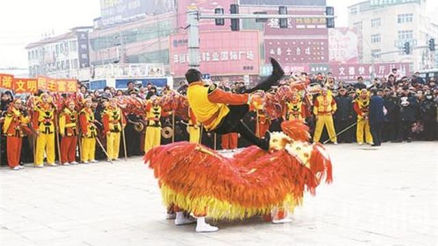 西华举办第八届民间艺术大赛