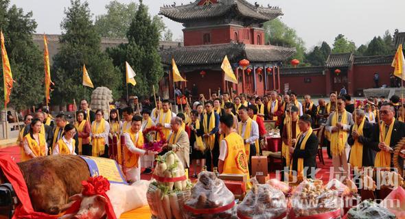 台湾伏羲文化交流团到淮阳寻根谒祖