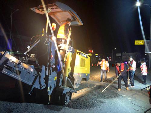 周口路产路权管理处:连夜修复受损道路 保障道路畅通