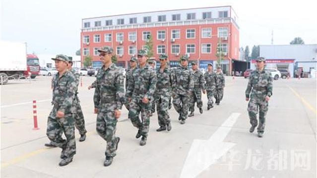 驻周某预备役团对我市一企业进行军事训练