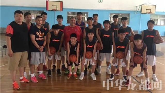 周口篮球队全力备战迎接省运会