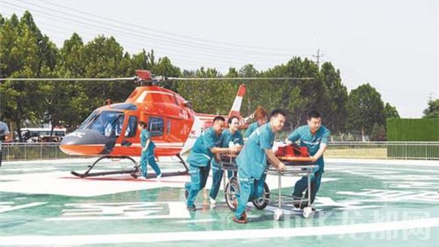 """全市""""防灾减灾立体救援""""航空医疗救援启动仪式在周口协和骨科医院启动"""
