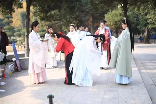 周口汉服同袍宣传汉服文化