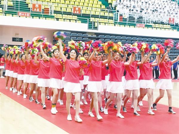 周口市直机关第三届职工运动会开幕式彩排在体育馆进行