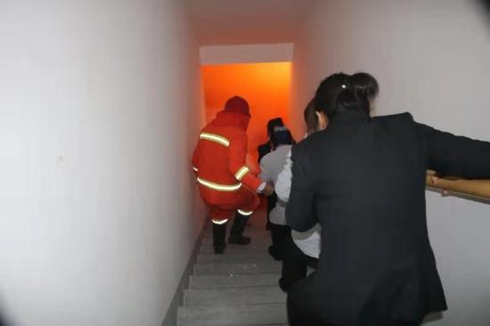 互感器-示范区消防救援大队消防宣传进社区 防范未然保安全
