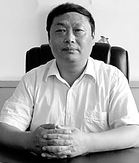 """情铸""""四方""""的掌门人――走近河南四方药业有限公司董事长赵新年"""