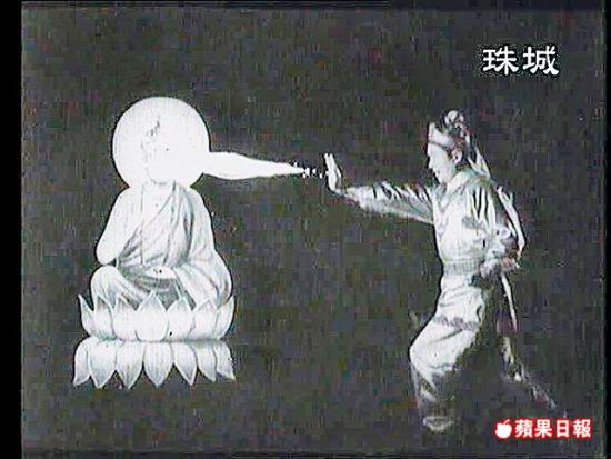 长江七号 热映看喜剧之王的动漫人生